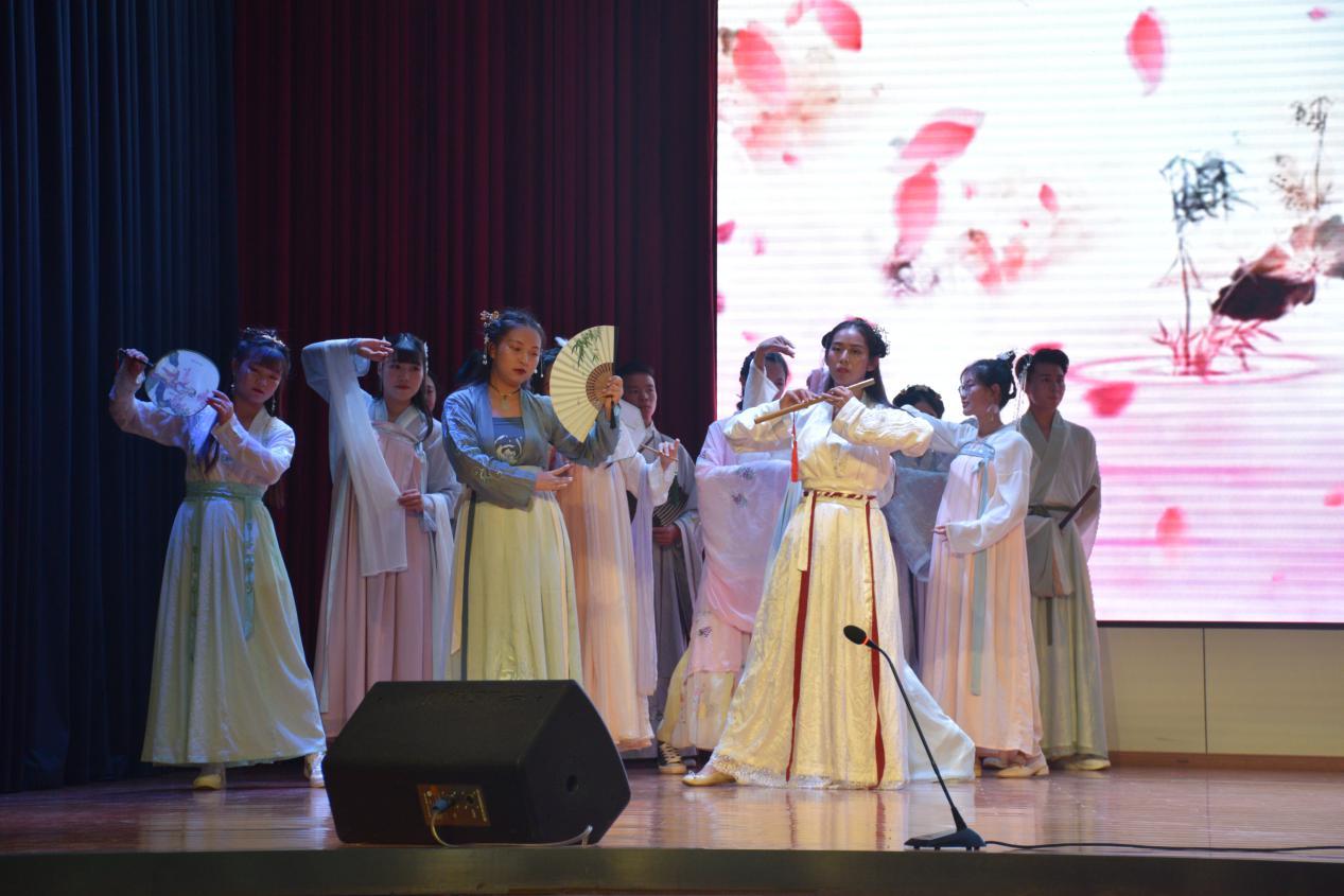 传承经典,勿忘初心——人文学院第八届汉语言文化节闭幕